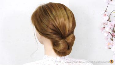 くるりんぱをクルクル巻いてシニヨンに/ミディアムの長さはもっとやり易い。 簡単まとめ髪!